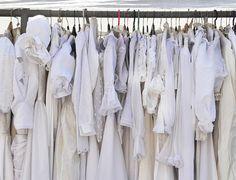 Como cuidar das roupas brancas, como lavar roupa branca, como recuperar o branco e tirar o amarelado das roupas e mais dicas de conservação