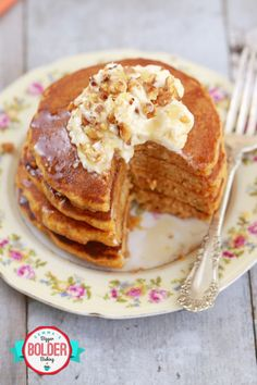 Fluffy Carrot Cake Pancakes with Cream Cheese Frosting! They are everything you love about delicious Carrot Cake but now you can eat them for breakfast! Carrot Cake Pancakes, Best Carrot Cake, Breakfast Pancakes, Pancake Cake, Crepes, How To Cook Pancakes, Bigger Bolder Baking, Salty Cake, Cream Cheese Frosting