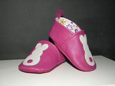 Pour toutes celles qui veulent connaître le secret de fabrication des petits chaussons en cuir ! Ce qui me ferait plaisir, c'est de savoir...