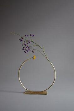 Anna Varendorff Brass Vase 9 - Almost a Circle
