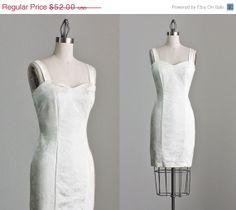 SALE 90s Vintage Ivory White Floral Mini Dress / 1990s Wedding Dress / Small