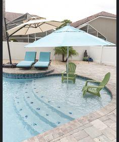 Definitely - sun shelf with umbrella holder Backyard Pool Landscaping, Small Backyard Pools, Small Pools, Swimming Pools Backyard, Swimming Pool Designs, Pool Spa, Landscaping Ideas, Backyard Ideas, Backyard Arizona