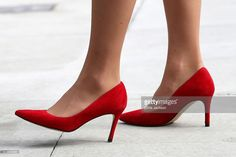 Catherine, Duchess of Cambridge, shoe detail, leaves the Immigrant Services Society, a charitable organisation that provides targeted programs for refugees, women, children and youth, during their Royal Tour of Canada on September 25, 2016 in Vancouver, Canada.  (Photo by Chris Jackson/Getty Images)