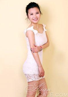 Nós convidamos você a ver nossa galeria de fotos: A mulher tailandesa Yihong