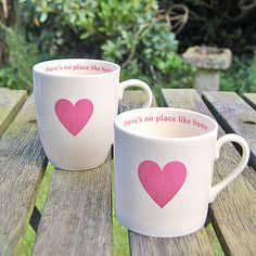 Pink heart mugs - Theres No Place Like Home