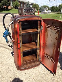 Reclaimed gas pump turned into discreet drinks cabinet by Rustic Refinery Car Part Furniture, Automotive Furniture, Automotive Decor, Old Gas Pumps, Vintage Gas Pumps, Garage Interior, Garage Art, Jerry Can Mini Bar, Pompe A Essence