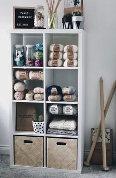 Excellent Photographs Yarn storage Tips Wool Stash Diy Yarn Storage Ideas, Yarn Organization, Craft Room Storage, Paper Storage, Organizing, Knitting Room, Knitting Storage, Knitting Yarn, Wool Yarn