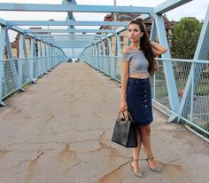 Off the shoulder top and 70s cut #denim #skirt. #style #fashion #70sfashion #offtheshoulder