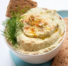 Cucumber Hummus with Dill | This Creamy Homemade Hummus Are Sure To be a Hit! Prepare your Pita Chips and enjoy this 14 Flavorful dip recipe - from classic to creative! All flavors are so yummyyyy!!! http://homemaderecipes.com/14-hummus-recipes/