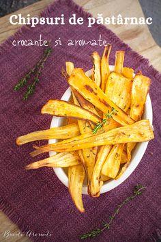Cum să faci cele mai crocante și mai aromate chipsuri de păstârnac la cuptor? Felii de păstârnac aromate și frumos rumenite. Mai, Carrots, Vegetables, Food, Meal, Essen, Carrot, Vegetable Recipes, Hoods