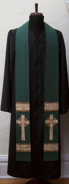 Green Clergy Stole For Ordinary Time -- Celtic Cross Design
