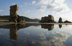 Bajamar en  el playón de Bayas, Asturias