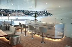 Yacht interior designs are among the most luxurious. Finished with rare stone and dressed in lacquered wood these yachts are good enough for living. Luxury Yacht Interior, Boat Interior, Luxury Yachts, Luxury Boats, Super Yachts, Interior Design Tips, Interior Decorating, Decorating Games, Interior Ideas
