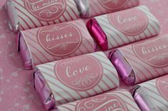 Hershey mini candy bar wrapper labels.  This printable is free and perfect for wrapping sweet chocolate candies for your valentine. #valentinesday #labels #chocolate #printables