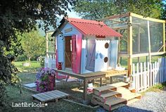 poulailler 3 Chicken Runs, Hen House, Bird Feeders, Animals And Pets, Shelter, Merry, Backyard, Outdoor Decor, Chicken Coops