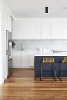 Open Plan Kitchen Living Room, Kitchen Room Design, Kitchen Dinning, Modern Kitchen Design, Interior Design Kitchen, New Kitchen, Kitchen Decor, Dining, Kitchen Ideas Australia