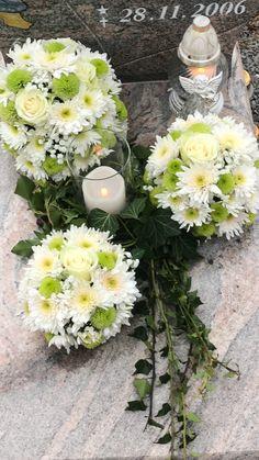 Church Flower Arrangements, Floral Arrangements, Funeral Flowers, Wedding Flowers, Floral Bouquets, Floral Wreath, Flower Garden Design, Flower Ball, Arte Floral
