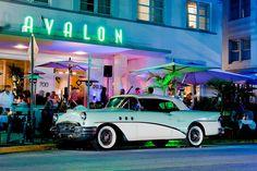 Avalon, 700 Ocean drive, Miami by Vincent Montibus, via Flickr