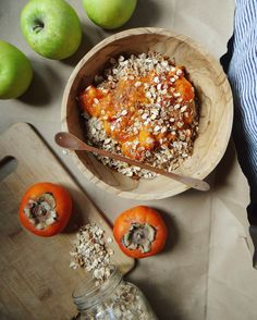HOLIDAY SPICED PERSIMMON OATS WITH TOASTED MUESLI — Salt Sand and Smoothies