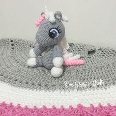 First baby unicorn in third grey/pink/white set! Mummy unicorn coming soon! #crochet #handmade #crochetblanket #homedecor by ems_patty