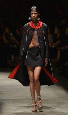 Os destaques do segundo dia da semana de moda de Milão verão 2016