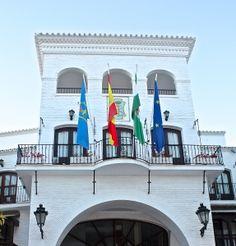 Balcon de Europa, Nerja Nerja, Mansions, House Styles, Home Decor, Balconies, Europe, Decoration Home, Room Decor, Villas