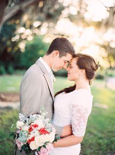 Romantic Vintage Garden Wedding   Best Photography on @eld_lauren via @aislesociety