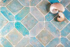 Cotto Etrusco color acquamarina.