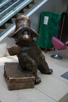 Paddington Bear statue, Paddington Station