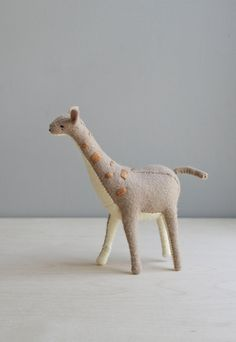 giraffe / soft sculpture animal