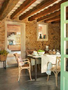 Un antiguo granero transformado en una casa rústica del Ampurdán
