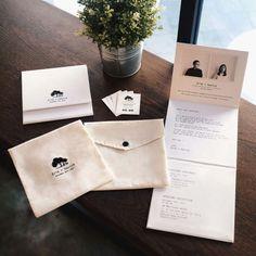 Foto undangan pernikahan oleh YOE'S CARD