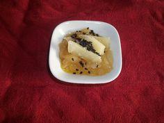Marmellata di cipolle di Giarratana e scaglie di pecorino stagionato