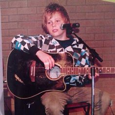 Never pass up the chance to repin fetus luke. Ever.<<I wanna pinch his cheeks<<OH MY DEAR HEMMINGS