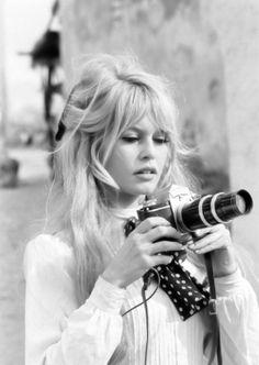 Brigitte Bardot camera