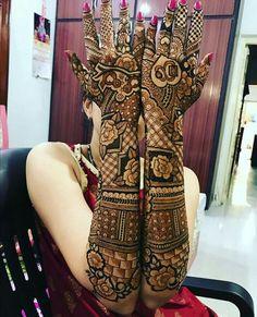 Stunning and mesmerizing henna designs for brides . Baby Mehndi Design, New Bridal Mehndi Designs, Engagement Mehndi Designs, Rose Mehndi Designs, Henna Art Designs, Stylish Mehndi Designs, Dulhan Mehndi Designs, Mehndi Design Pictures, Beautiful Mehndi Design