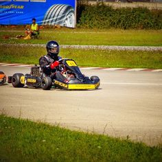 Paşa😎 Teşekkürler @tamerturkyilmaz 👍  #eekt #karting #kartingtr  #gokart #motorsports  #drive #racing #endurance