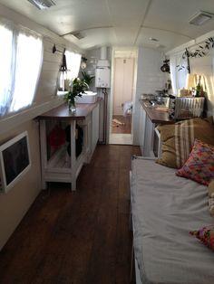 July-026.jpg (2112×2816) | Houseboat Living | Pinterest | Boat ...