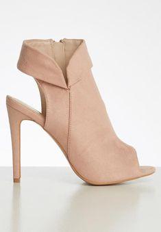 Daeny court stilletto heel - blush Superbalist Heels | Superbalist.com Heeled Mules, Two By Two, Peep Toe, High Heels, Blush, Footwear, Boots, How To Wear, Women