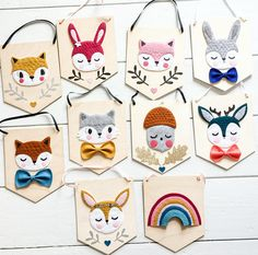 Fox banner woodland decor - Ideas of Decoration Felt Crafts Diy, Felt Diy, Fabric Crafts, Forest Decor, Woodland Decor, Bunting, Baby Mobile, Glitter Fabric, Felt Ornaments