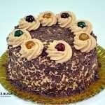 Tort cu blat umed de cacao, crema de mascarpone si cafea Desserts, Food, Mascarpone, Tailgate Desserts, Deserts, Essen, Postres, Meals, Dessert