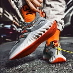 Air Max Sneakers, Sneakers Nike, New Flame, Casual Shoes, Men Casual, Fashion Socks, Comfortable Shoes, Nike Air Max, Men's Shoes