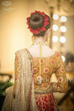 Floral bun inspo for bride or grooms side ( sisters or cousins) Pakistani Bridal Hairstyles, Bridal Hairstyle Indian Wedding, Pakistani Bridal Makeup, Bridal Bun, Bridal Hairdo, Pakistani Wedding Outfits, Bridal Hair Pins, Indian Hairstyles, Bride Hairstyles
