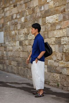 Sartorialist says this is the shape of pants to come. And of course it all begins in Florence.  I want the shoes! :)