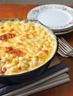 Baked Macaroni and Cheese   21 Savory Cast Iron Skillet Dinner Recipes
