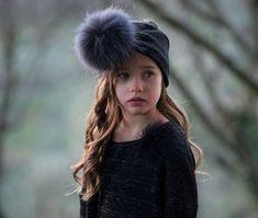 ▷ Magil :: Abbigliamento Winter Hats, Fashion, Italia, Moda, Fashion Styles, Fashion Illustrations