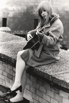 Marianne Faithfull #camelcoat #hair #60s #guitar #music