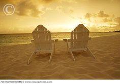 <3 ! <3 adirondack_chairs_on_beach_paradise_island_bahamas