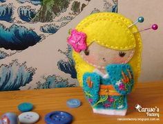 Felt Geisha brooch - (model 6)