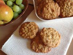 VÍKENDOVÉ PEČENÍ: Ovesné cookies s bílou čokoládou Thing 1, Scones, Cheesecake, Cupcakes, Cookies, Breakfast, Sweet, Food, Crack Crackers